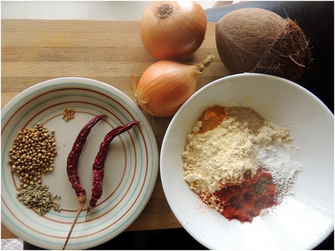 Onion pakoda in malvani gravy sahitya